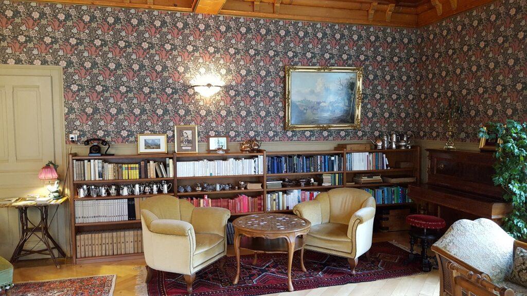 Rosenlaui Hotel Bibliothek